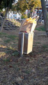 Mülleimer quellen über